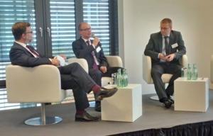 Dr. Gerd Leutner,CMS Hasche Sigle; Dr. Stefan Segger, CMS Hasche Sigle; Ass. iur. Marco Visser, HDI-Gerling Industrie Versicherung AG (v.l.n.r.)