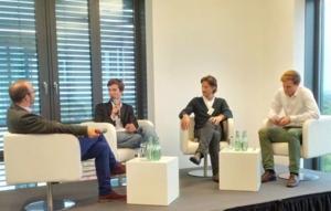Jens Stoewhase, intellicar.de; Oliver Lünstedt, carzapp; Holger Weiß, Panasonic Automotive; Valerian Seither, eMio eRoller-Sharing (v.l.n.r.)