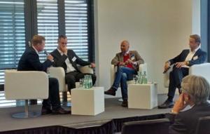 Peter Schwierz, electirve.net; Dr. Carl Friedrich Eckhardt, BMW; Dr. Tom Kirschbaum, ally; Kay Herget, Bosch SoftTec (v.l.n.r.)