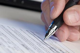 signature contrat accord stylo 330x220
