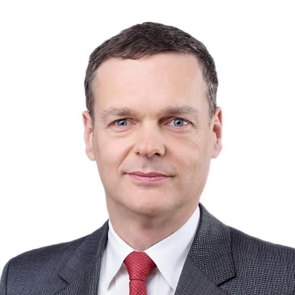 Gregor Famira