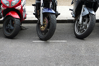 mobilité transport scooter parking 330x220