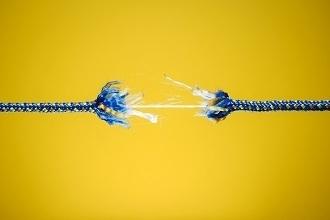 corde rompue élastique 330x220
