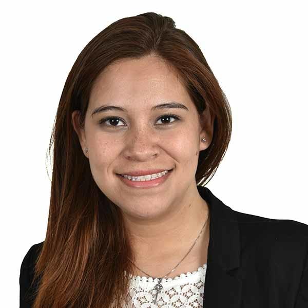 Constanza Yañez Laywer CMS LAW