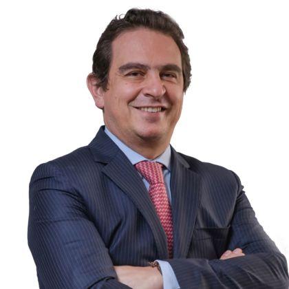 Portrait of Álvaro Josué Yáñez