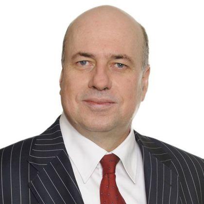 Portrait of Andrew Kozlowski