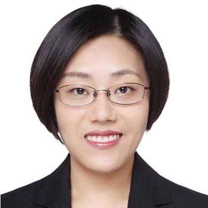 Portrait of Amanda Ge