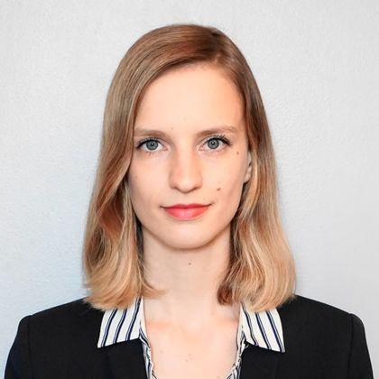 Portrait of Diane Auther