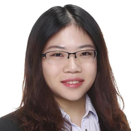 Portrait of Roxie Meng