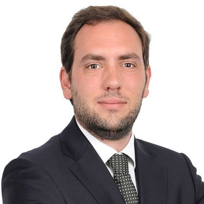 Portrait of David Apolónia