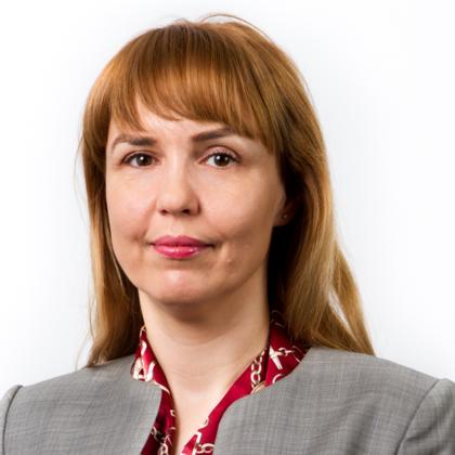 Portrait of Roxana Popel