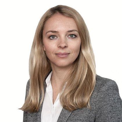 Portrait of Stephanie Witt