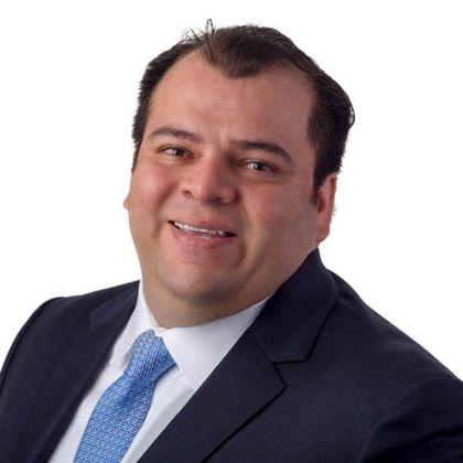 Portrait of Gustavo Atarama
