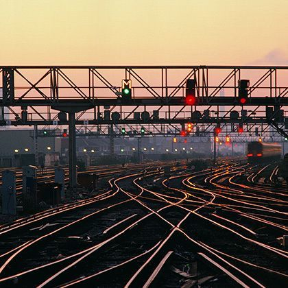 rails ans signals at dusk