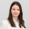 Portrait of Sarah Hantscher