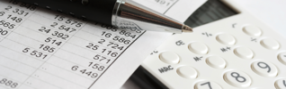 finance impôt fiscalité stylo calculatrice header 925x290