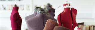 mannequin mode vêtements droit commercial header 925x290